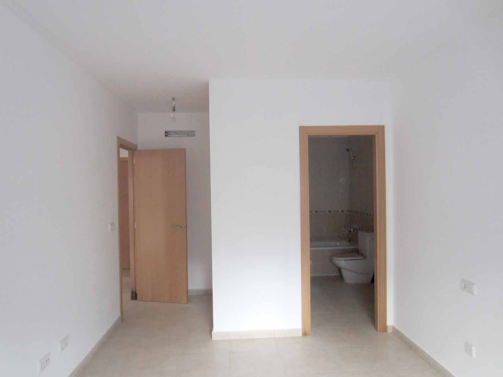 Photo  number 7: Flat / Apartment in Sale in Pedreguer, Area Centro. Ref. 5-18-14386 (CB-34468-0001)