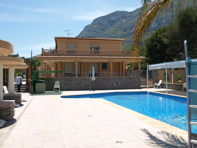 Photo Villa in Sale in Denia, Area Montgo, Sector Galeretes - Belems. Ref. 5-36-13827